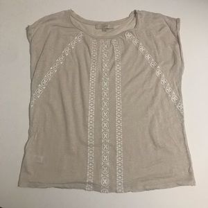 Tan capped sleeve embroidered top size M loft